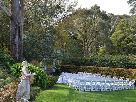 Wedding Celebrant Mount Dandenong