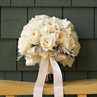 ivory garden rose bouquet with dusty mil