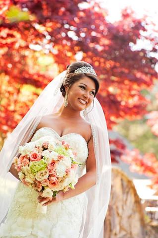 peach and green bridal bouquet.jpg