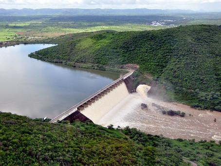 Avaliação estocástica de vertimento de reservatórios: O caso da Barragem Acauã-PB