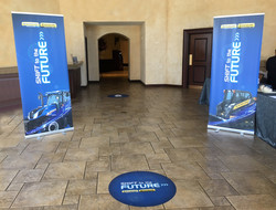 Pull-up Banners & Floor Signs