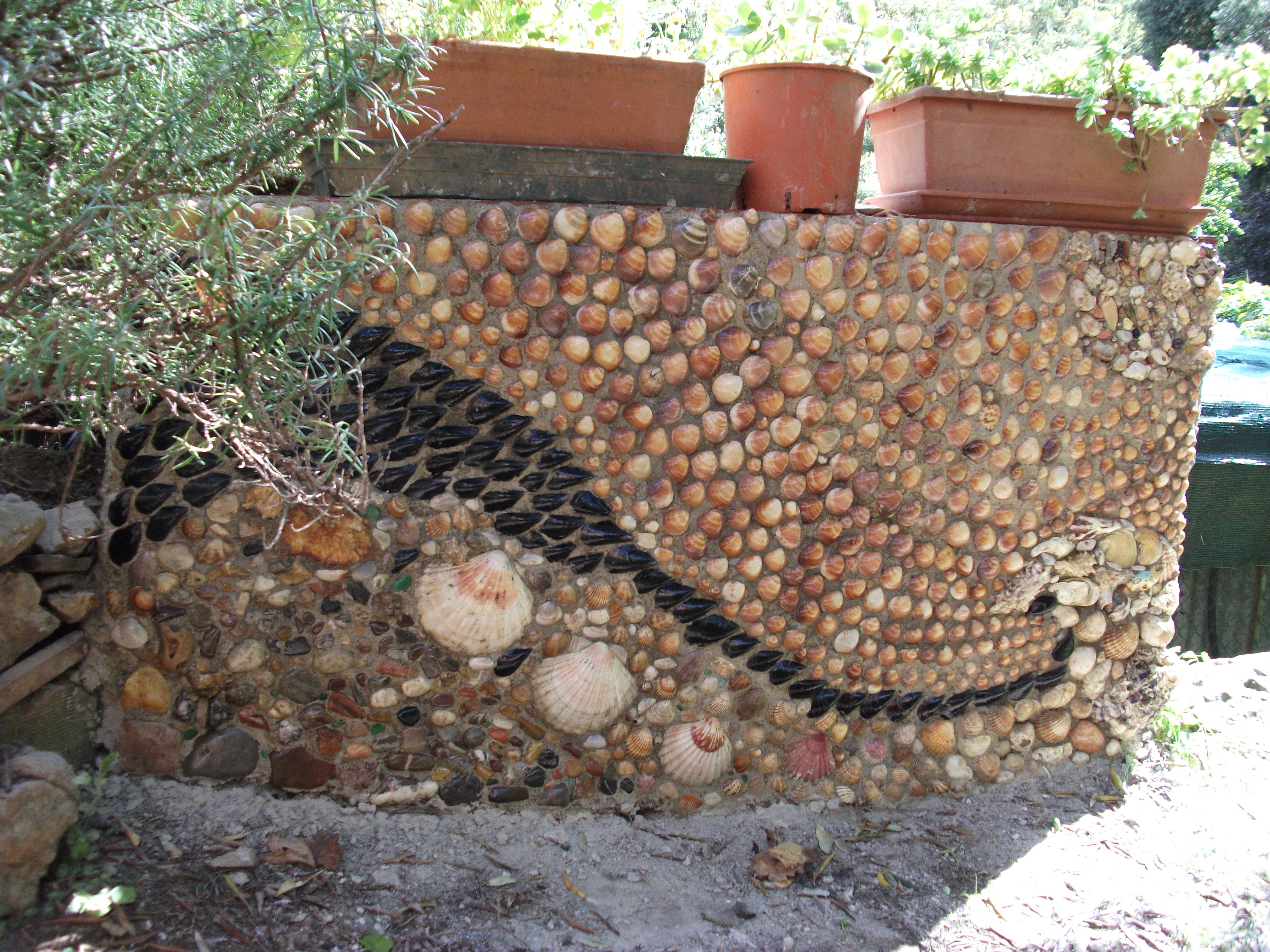 mosaïque1 d'extérieur en coquillages