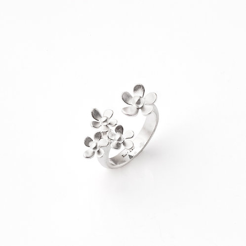 "Sterling Silver ""Forget-Me-Not"" Triple Flower Ring"