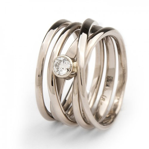 Onefooter Ring with Diamond White Gold