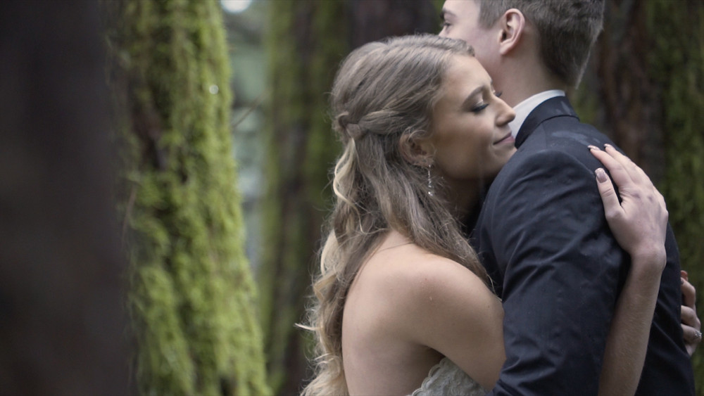 Deep Woods Events, Blush Bridal, Eugene wedding venue,