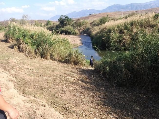 La rivière Beng à partir de laquelle l'eau va être capté pour approvisionner le village.