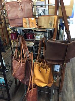 Inblue Handmade leather goods