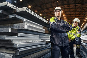 Steel by hydrogen /Swedish steel boss: 'Our pilot plant will only emit water vapour'  Euractiv