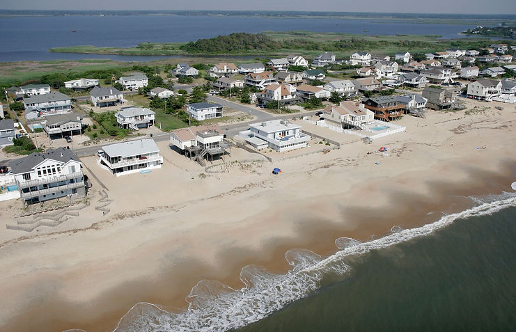 """""""Sunny day flooding"""" /Flooding from sea level rise threatens over 300,000 US   coastalhomes – study The Guardian"""