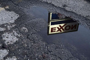 Too extreme for Big Oil /Oil companies break with right over climate change  Houston Chronicle