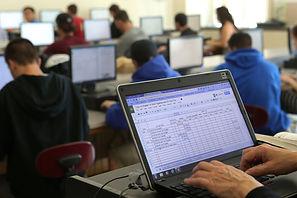 Airconditioning feedback?/  Study: Hotter temperatures hurt U.S. students