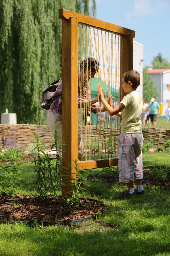 """Projekt """"Ogrodu sensorycznego w Dzielnicy III"""" przy Centrum Autyzmu"""