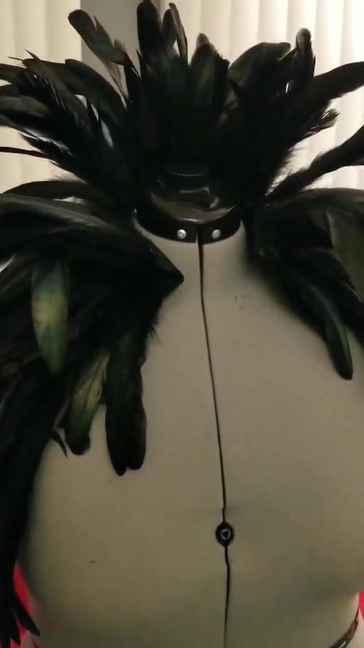 feather shrug video