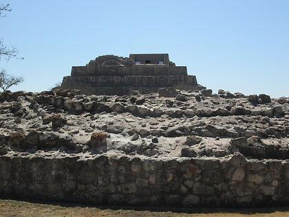 Pirámide e Cañada de la Virgen