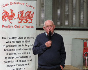 President of the Poultry Club of Wales, Huw Thomas, giving a pre-prize awarding speech.