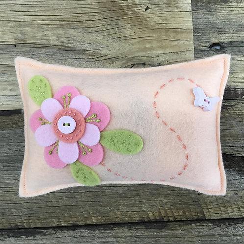 Lickety Split Pin Cushion Kit - Peach