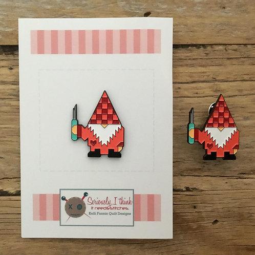 Gnomeo Enamel Pin
