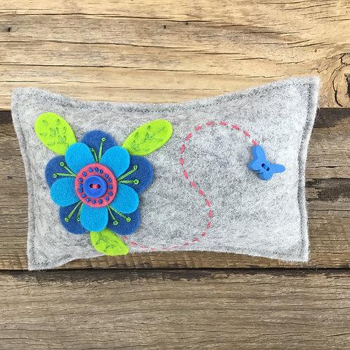 Lickety Split Pin Cushion Kit - Grey