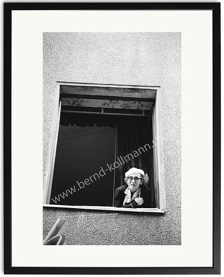 Fensterrentnerin - Ausblick
