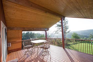 Manana Hills Estate - Balcony