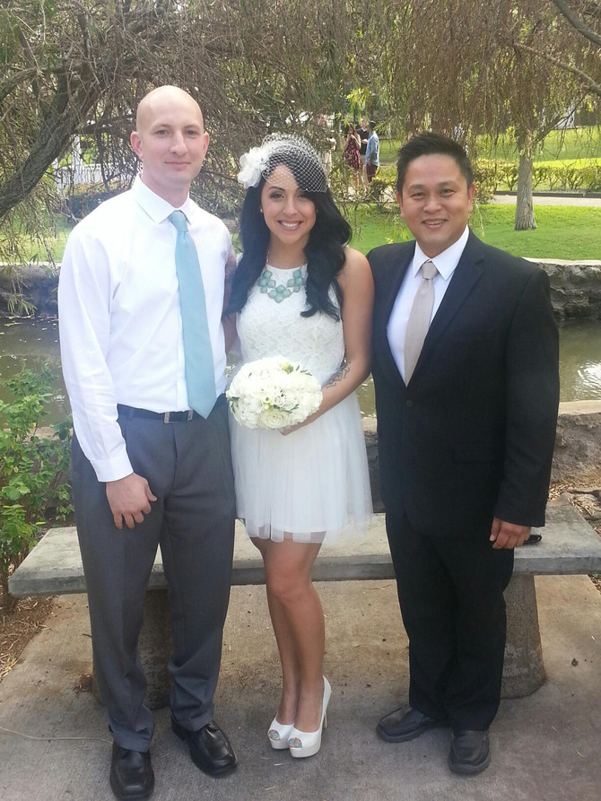 Hawaii Wedding Minister and Officiant  :  Sonya and Robert