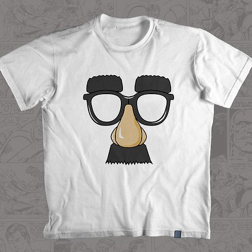 Óculos e Bigode