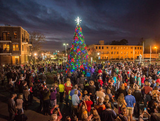 We're gearing up for the holidays! Christmas in New Bern