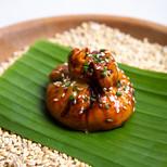 Вонтон со свининой с соусом Понзу (китайские пирожки)