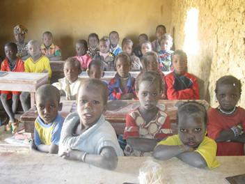 Toladjé: une classe de l'école, janvier 2012