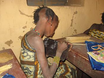 Diawambé: cours de calcul dans la classe de Sidi, février 2007