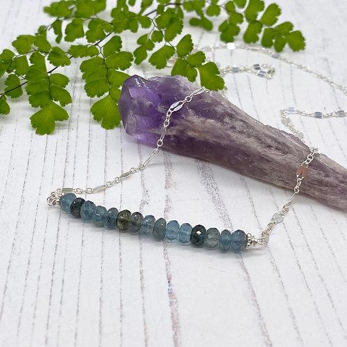 Moss Aquamarine Stone Bar Necklace