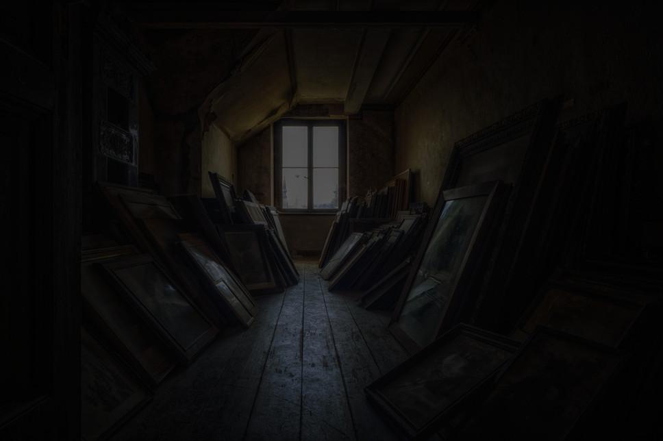 attic-5684674_edited.jpg