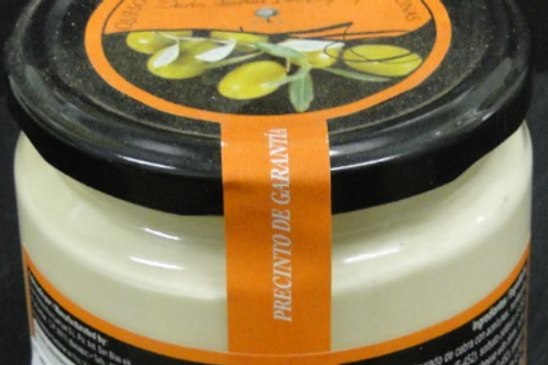 GOAT´S CREAM CHEESE WITH GREEN OLIVES