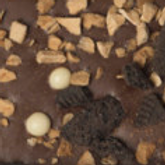 CHOCOLATE CON LECHE CAPUCHINO CON CANELA Y CHOCOCUQUIS