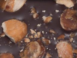 CHOCOLATE WITH MILK: CARAMELIZED ALMONDS