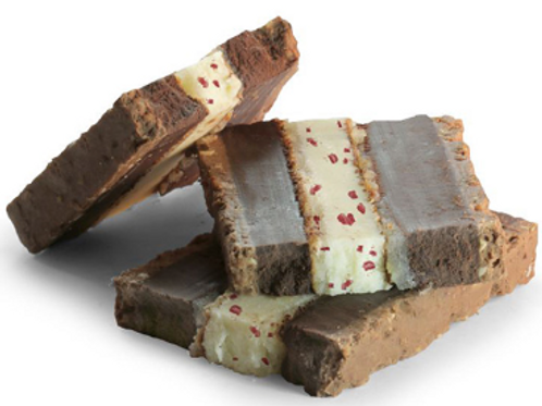 TURRON WITH TRUFFEL: yogurt and blackcurrants
