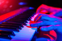 Piano iStock_000062461886_Medium