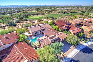 aerial-drone-photo-courtyard-pool-1-payson-az.jpg