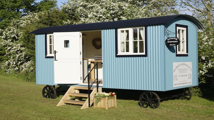 Heart of the Countryside | Riverside Shepherd Huts