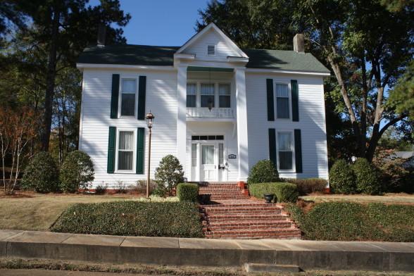 Vance home on Leland St.