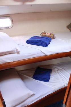 Seyscapes - Yacht Tina - Bunk Cabin