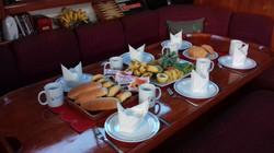 Seyscapes - Yacht Tina - Breakfast Table