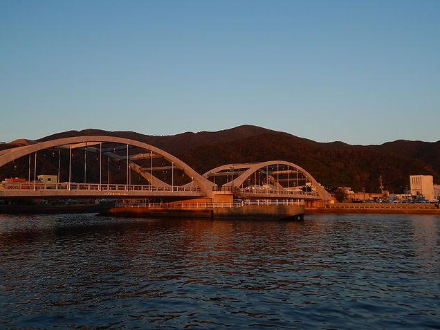 コーラル橋