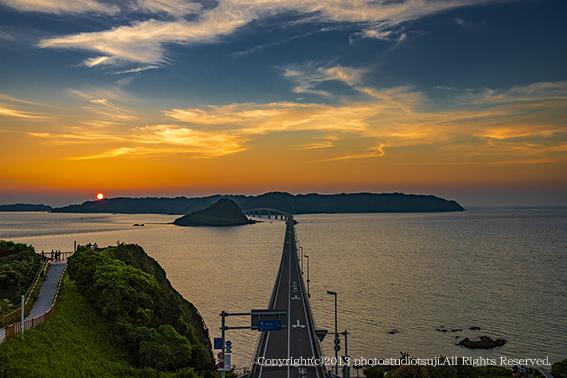 角島の夕景