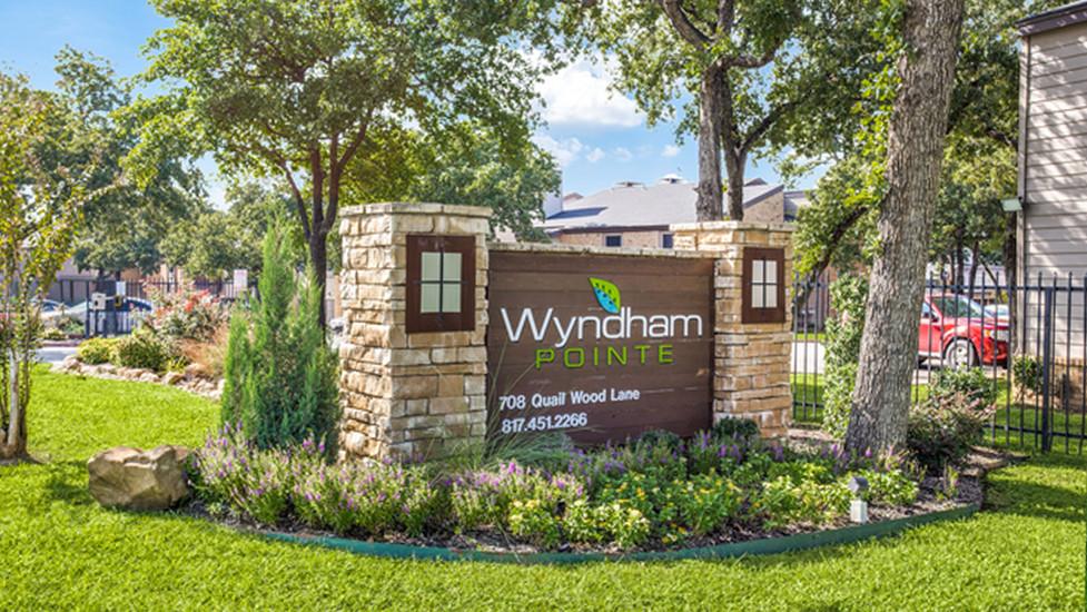 Wyndham Pointe