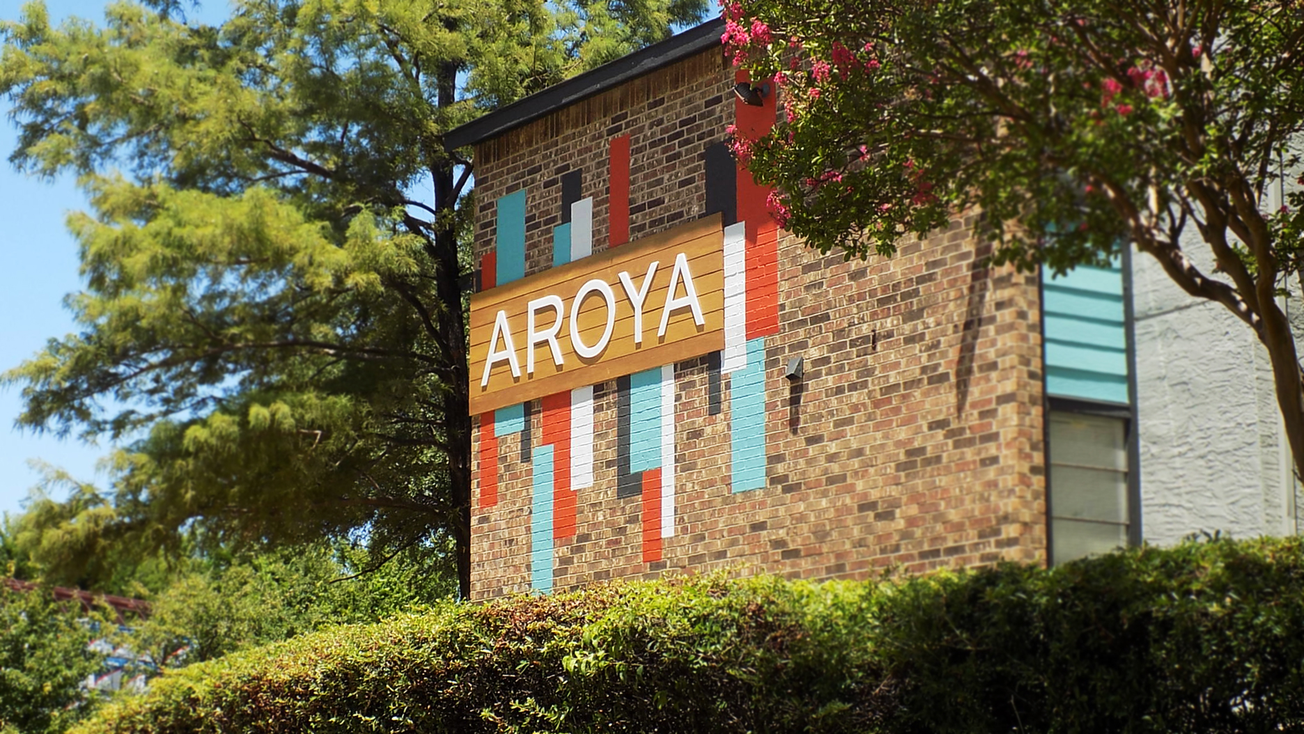 Aroya Apartments