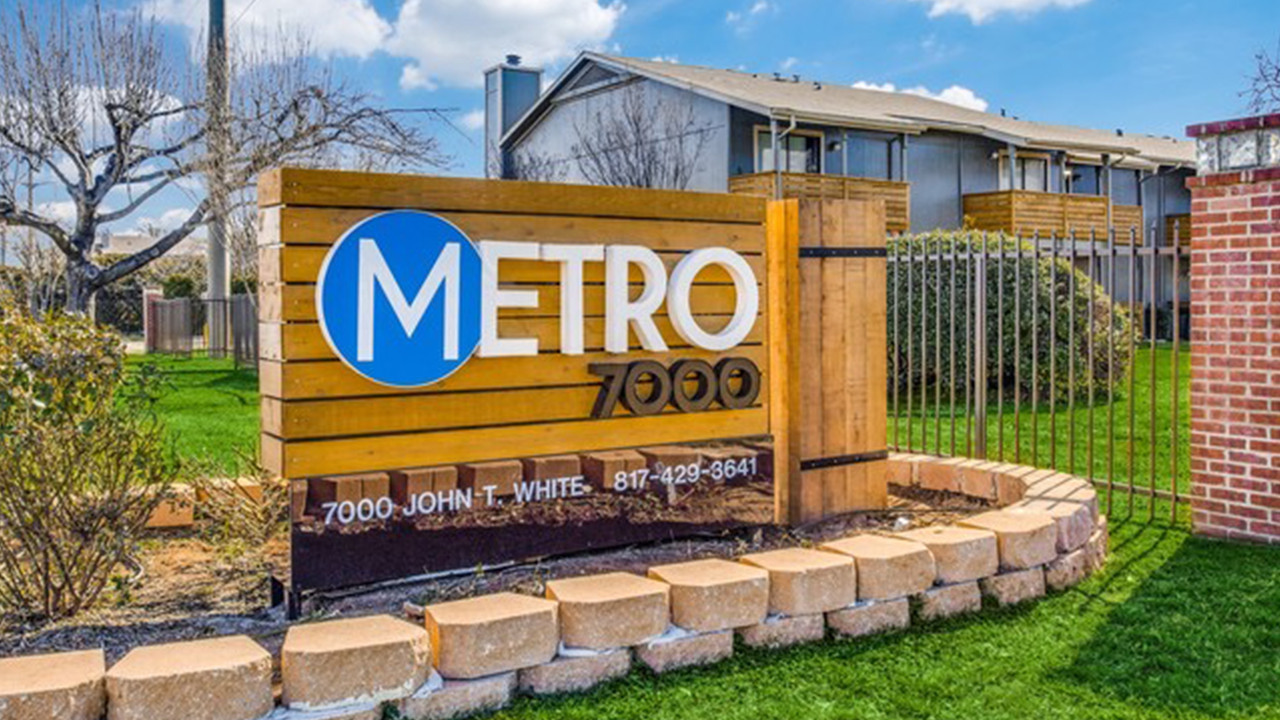 Metro 7000