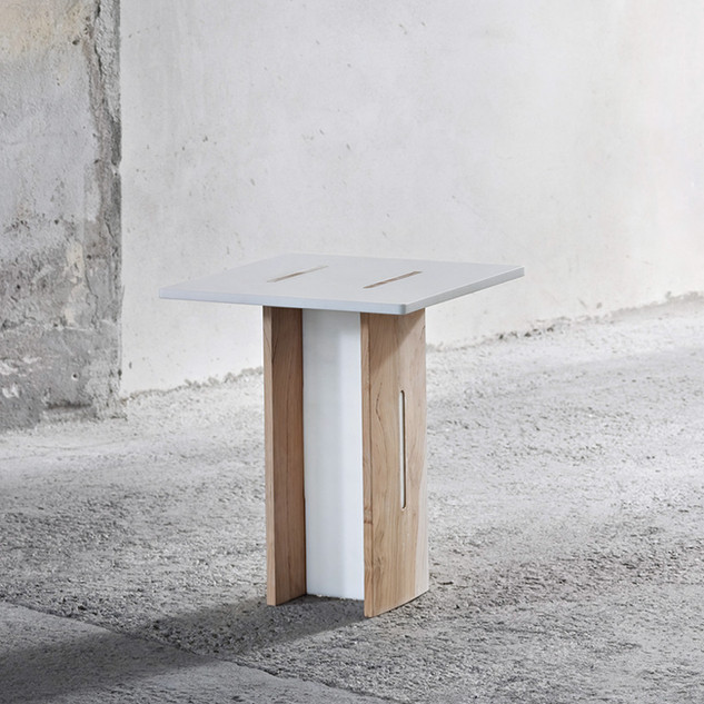 Tavolo misto legno