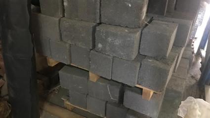 betonblokken vol