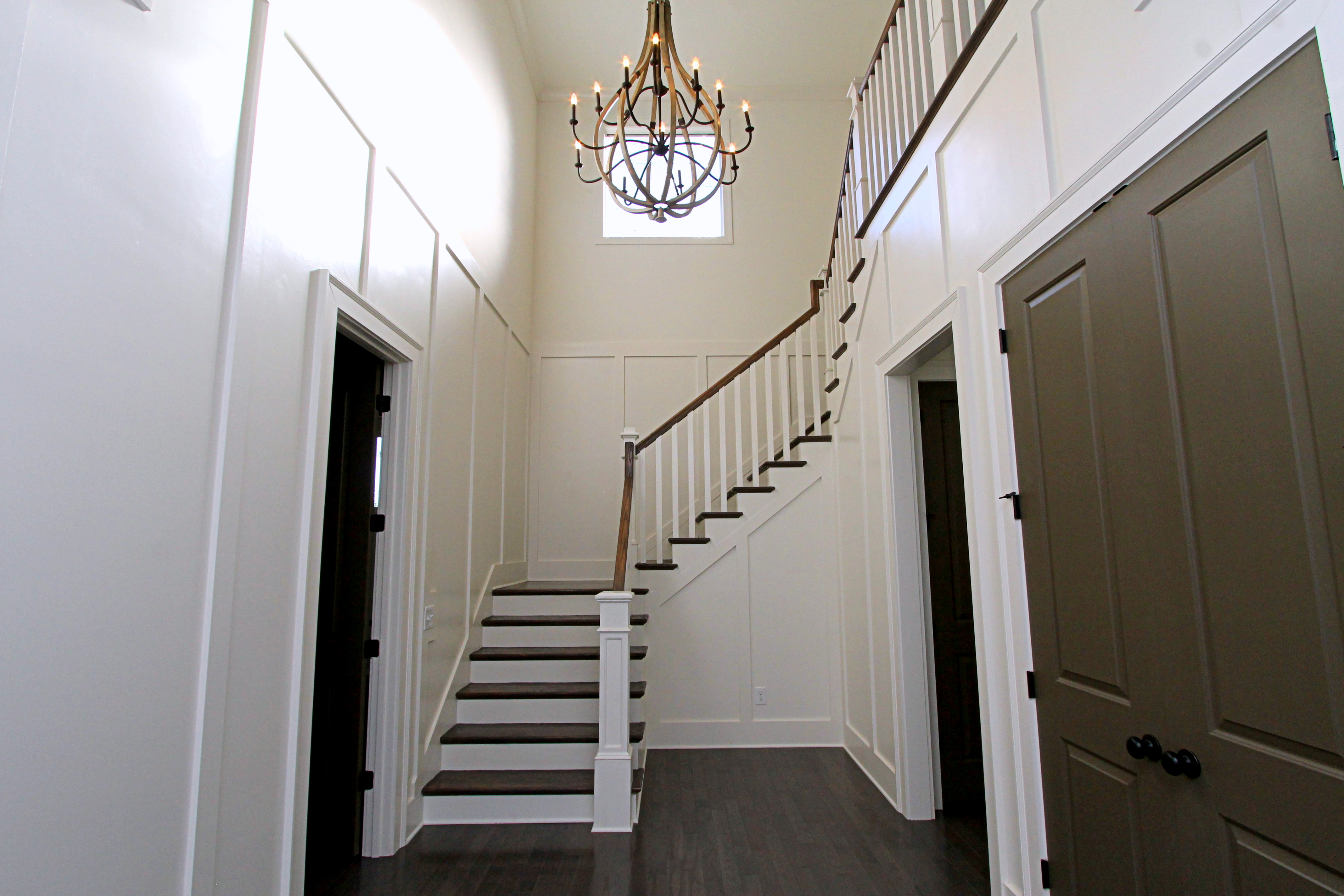 Woodbury_Foyer_2